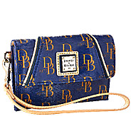 Dooney & Bourke Sutton Medium Wristlet - A263100