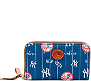 Dooney & Bourke MLB Nylon Yankees Zip Around Phone Wristlet - A281706