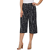 Susan Graver Printed Liquid Knit Pull-On Capri Pants - A277815