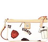 Dooney & Bourke MLB Giants Large Slim Wristlet - A280120