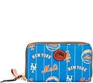 Dooney & Bourke MLB Nylon Mets Zip Around Phone Wristlet - A281721