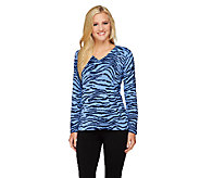 Quacker Factory Animal Print Sparkle V-neck Sweater - A238023