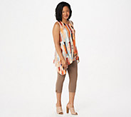 Women with Control Regular Printed Tunic with Capri Pants Set - A301326