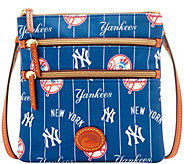 Dooney & Bourke MLB Nylon Yankees Triple Zip Crossbody - A281530
