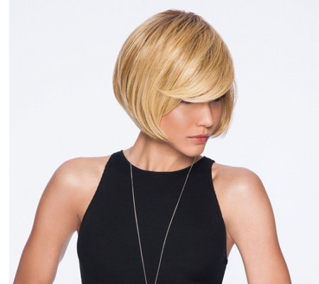 Hairdo Layered Bob Wig with Side Bang