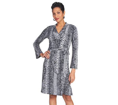 SHOPBOP - Diane von Furstenberg FASTEST FREE SHIPPING WORLDWIDE on Diane von Furstenberg & FREE EASY RETURNS. hidden honeypot link. Shop Men's Shop Men's Fashion at Floor Length Collared Wrap Dress $ $ $ Diane von Furstenberg Short Sleeve Cinched Waist Top $ $ $ Diane von Furstenberg.