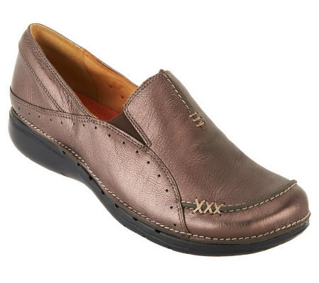 Clarks Unstructured Leather Slip-on Shoes - Un.Buckle