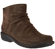 As Is Clarks Artisan Suede Back Zip Ankle Boots - Avington Swan - A290371