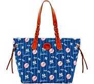 Dooney & Bourke MLB Nylon Yankees Shopper - A281673