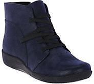 Clarks Cloud Steppers Gore Lace-up Boots - Sillian Jane - A282279