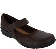 Clarks Tumbled Leather Adjustable Mary Janes - Cheyn Web - A300580