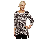 Denim & Co. Knit 3/4 Sleeve Floral Print Trapeze Hem Top - A237184