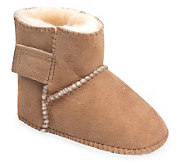 Minnetonka Infants Genuine Sheepskin Pug Boots - A241285