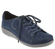 CLOUDSTEPPERS by Clarks Lace-up Sneakers - Sillian Glory - A269086