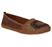 Sakroots Casual Slip-on Flats - April - A330787