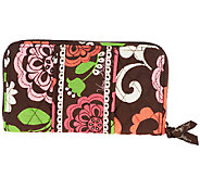 Vera Bradley Signature Print Accordion Wallet - A235295