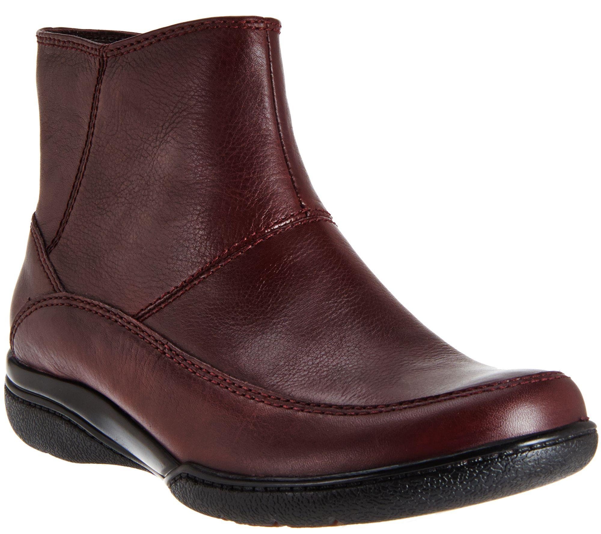 Clarks Kearns Flame Clarks- Black boots