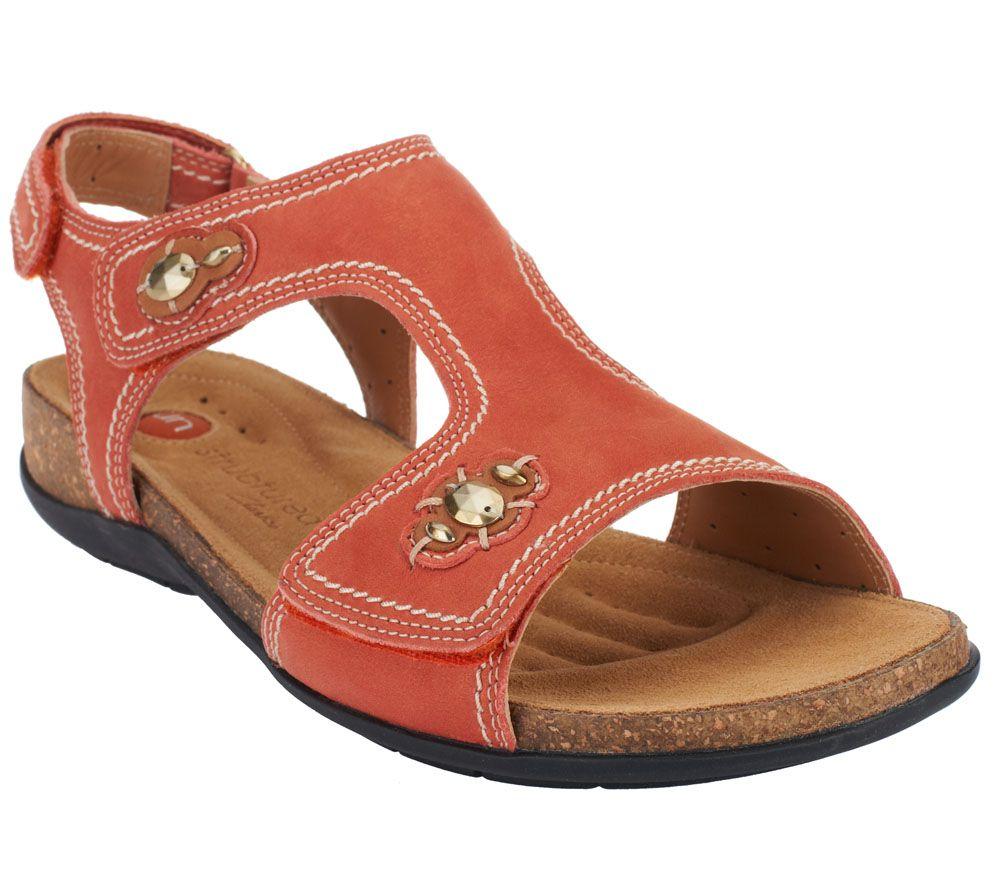 Clarks Unstructured Un Courier Leather T Strap Sandals