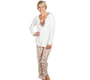 Pyjama Stickerei