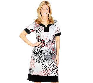 Kleid Serafino-Kragen