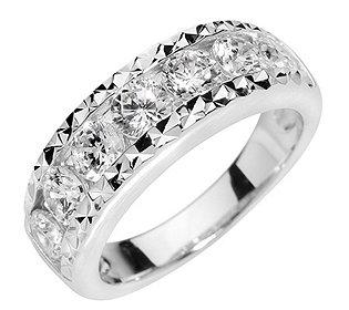 Ring 7 DIAMONIQUEs