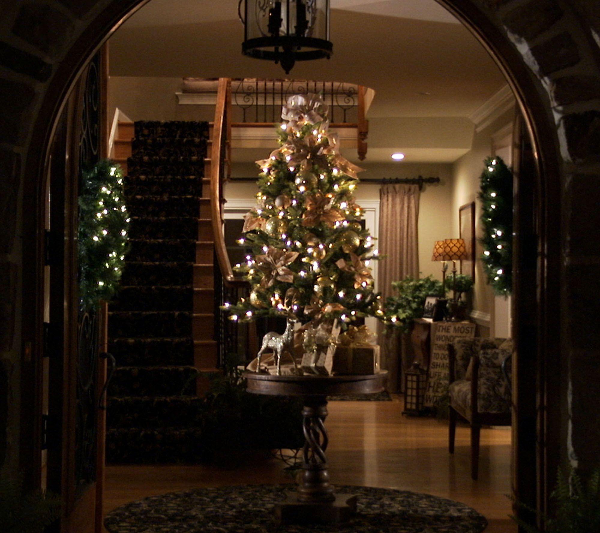 Bethlehem Lights 5' Noble Spruce w/ Swift Lock & Multi-Functions ...