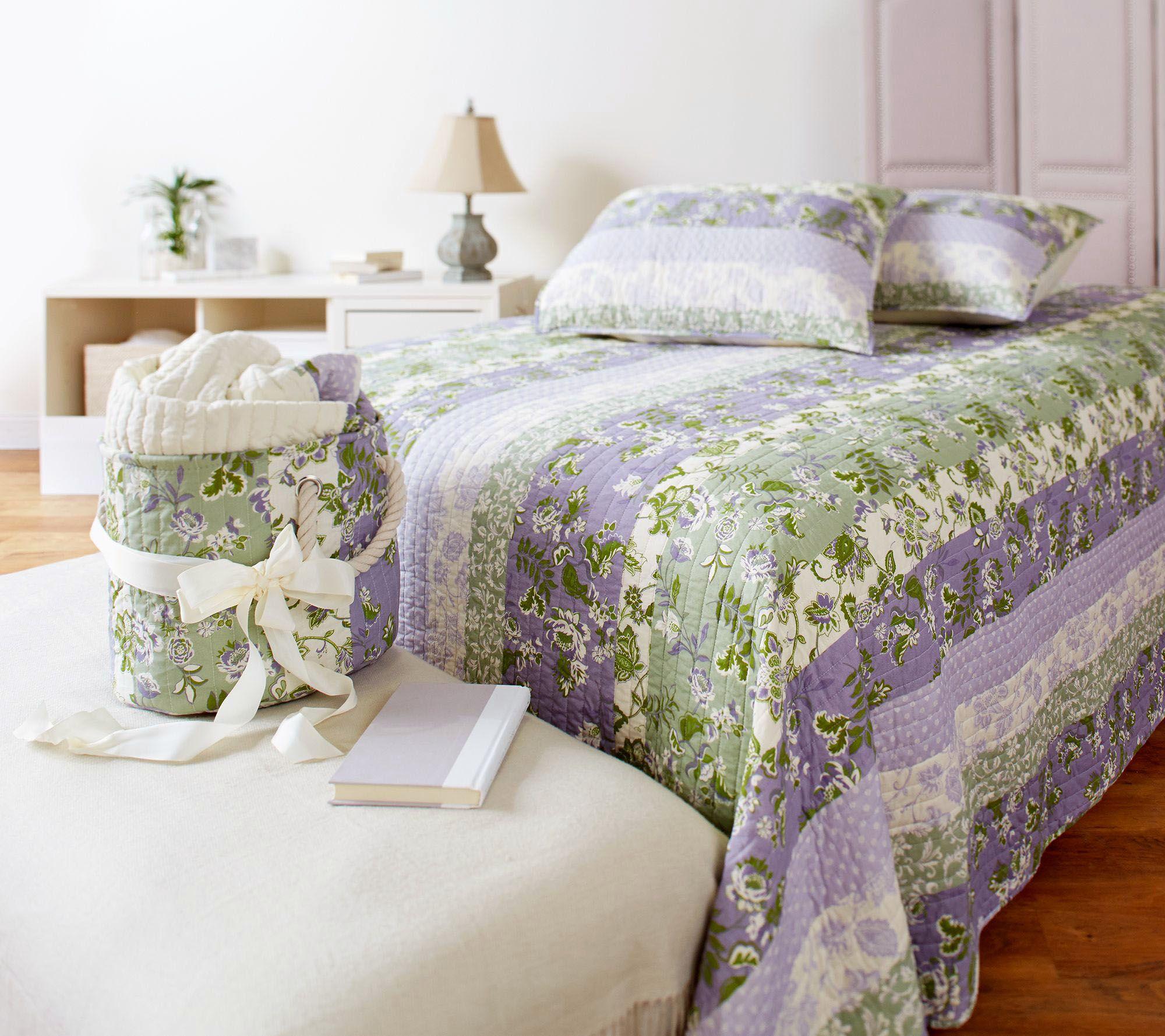The Quilt Patch Cotton Floral Pattern Quilt Set & Storage