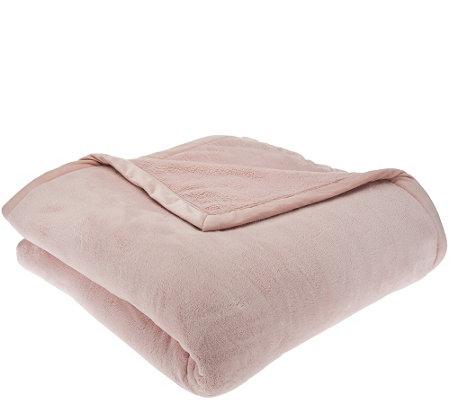 Berkshire Oversized Primalush Blanket W Faux Mink Binding
