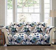 Floral Paisley Love Seat Furniture Protector byLush Decor - H290166