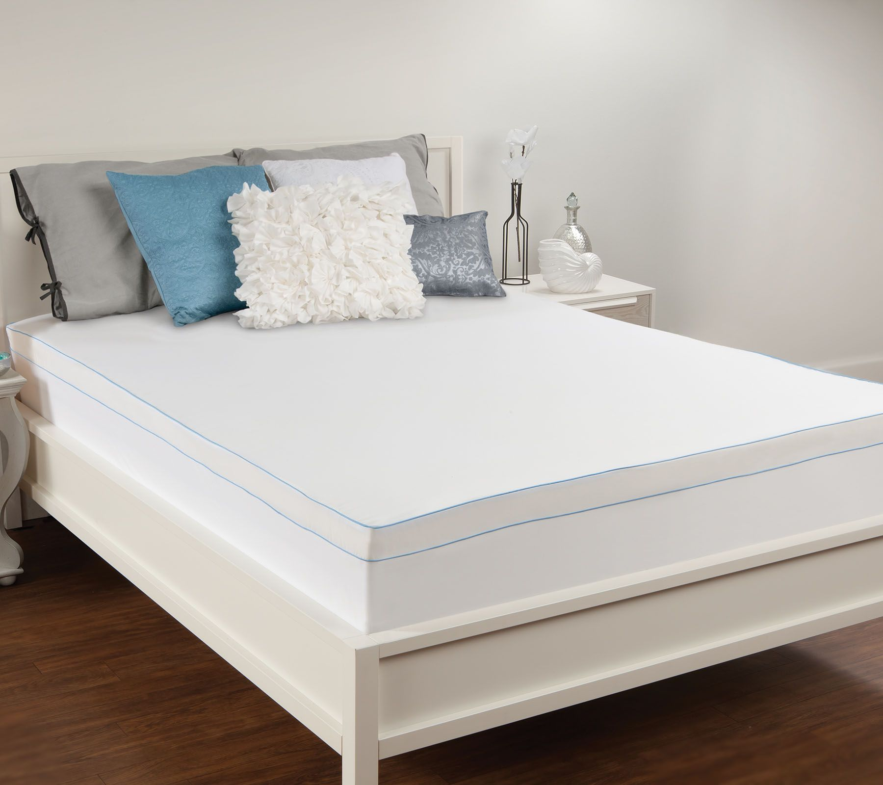 Comfort evolution 3quot memory foam mattress topper qvccom for Are memory foam mattresses comfortable