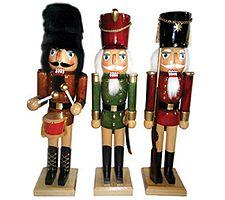 Set of 3 Nutcrackers by Santa's Workshop