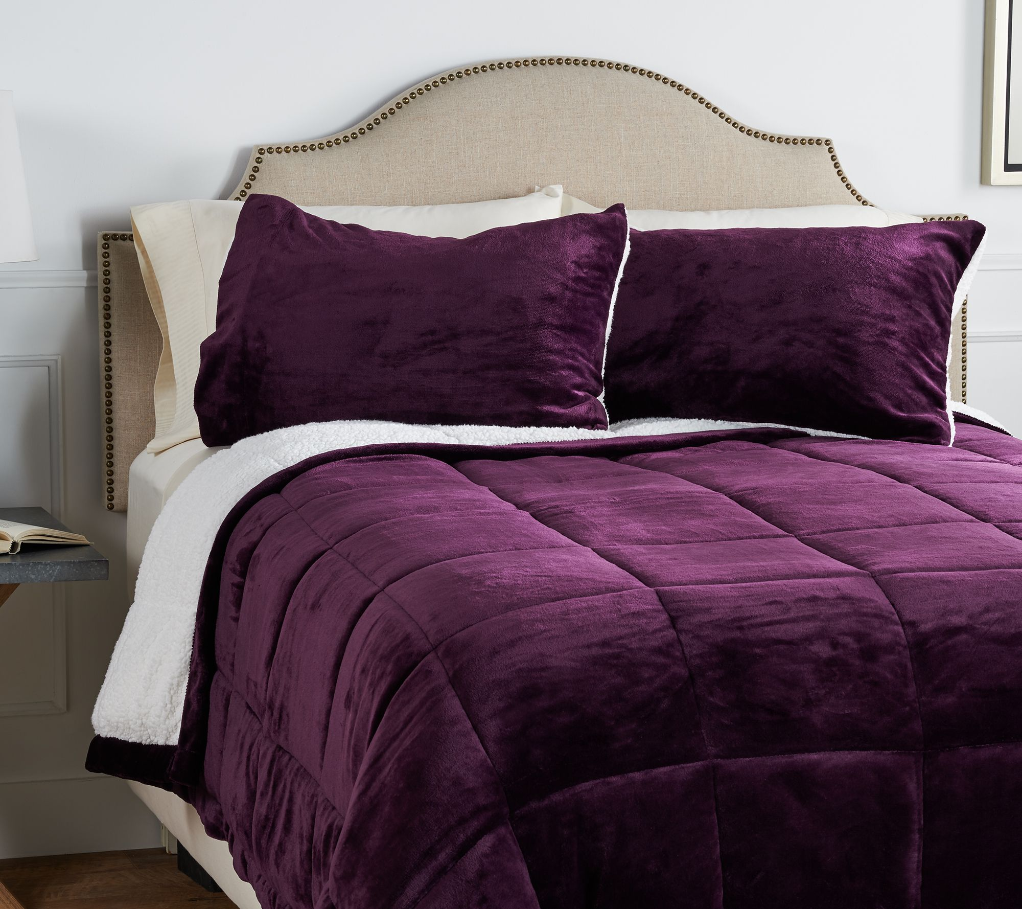 berkshire queen velvet soft reverse to sherpa comforter set h212295