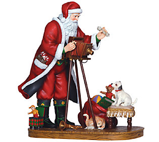 Limited Edition Making Memories Santa Figurineby Pipka