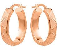 14K Geometric Pattern Oval Hoop Earrings - J377300