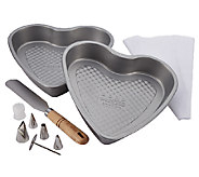 Cake Boss 10-Piece Santa and Heart Bakeware Set - K303562