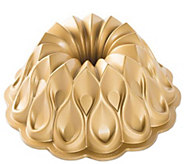Nordic Ware Crown Bundt Pan - K305167