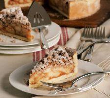 """Sweet Endings Desserts 10"""" Deep Dish Apple Crumble Pie"""