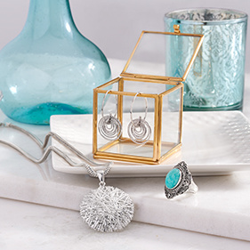 For the Mom Who Loves Jewelry
