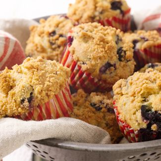 Apple-Blueberry Muffin with Streusel Topping