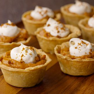 Mini Pumpkin Chiffon Pies