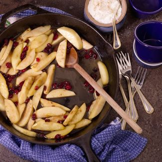 Skillet Apples with Cranberries