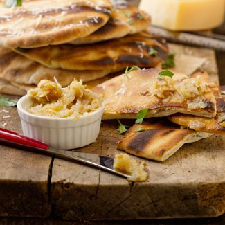 Toasted Garlic Pita Wedges