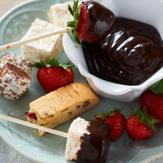 Easy Stovetop Chocolate Fondue/Sauce