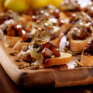 Pear Bruschetta with Toasted Pumpkin Seeds