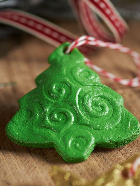 How to Make Cinnamon Applesauce Christmas Ornament ...