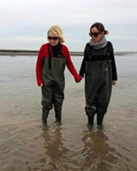 Joan and Melissa oyster farming