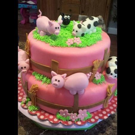 Kristi C's Barnyard Cake