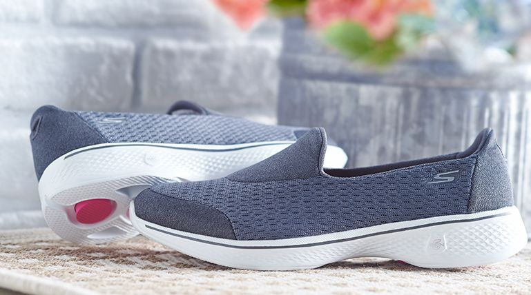 Move in the right direction with casual & comfy Skechers shoes.