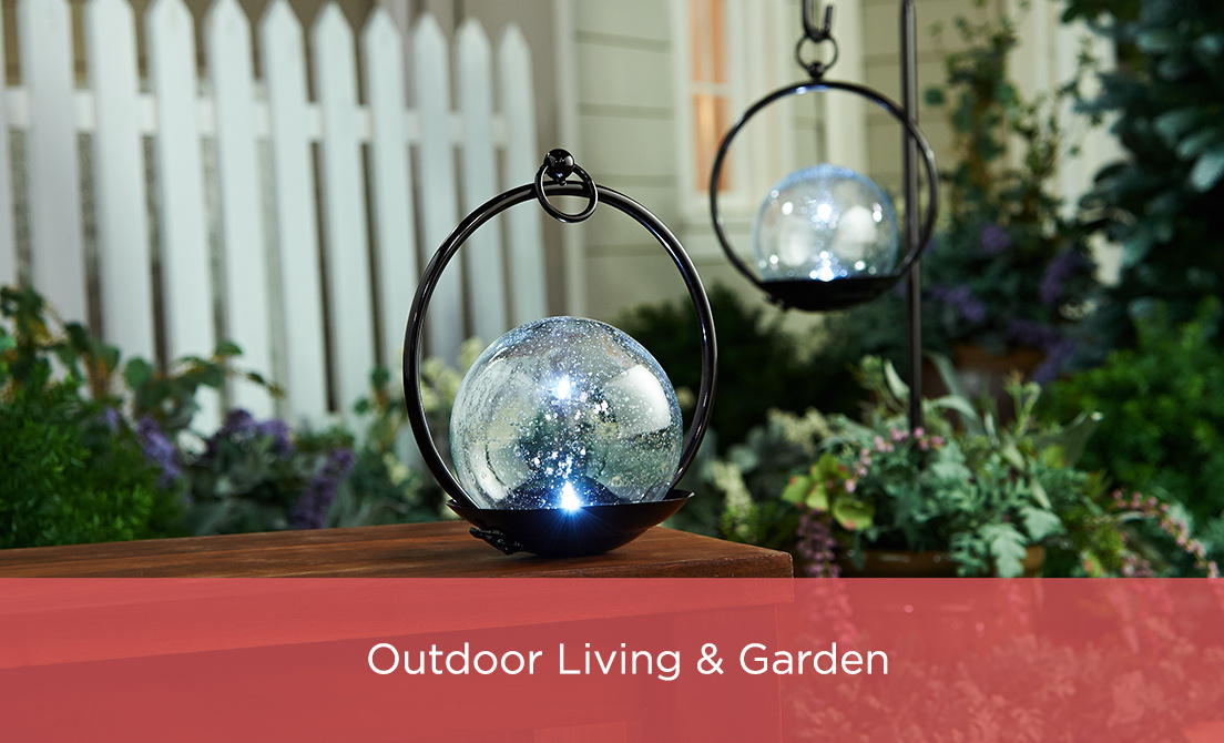 Outdoor Living & Garden