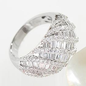 New & Best-Selling Rings